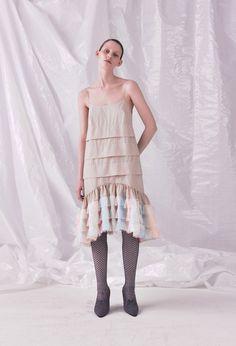 cae0e670b46 Μόδα Της Πασαρέλας, Γυναικεία Μόδα, Φορέματα, Vogue, Ανοιξιάτικη Μόδα,  Φορέματα Για