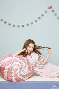 Seulgi, Kpop Girl Groups, Kpop Girls, Sungjae And Joy, Divas, Red Velvet Photoshoot, Joy Rv, Velvet Wallpaper, Red Velvet Joy