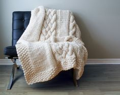 11 Cool Knit and Crochet Throw Patterns to Keep You Warm