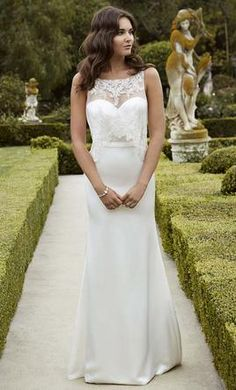 Enzoani Iva: buy this dress for a fraction of the salon price on PreOwnedWeddingDresses.com