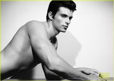 Smallville's Tom Welling is Shirtless for Photographer Andrea Marino's New Book!!