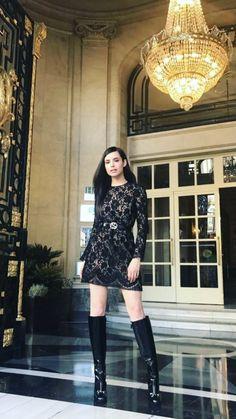 Sofia Sophia Carson, Dove Cameron Style, Petite Women, Casual Street Style, Beautiful Celebrities, Celebrity Style, Celebrity Women, Sexy, Celebs