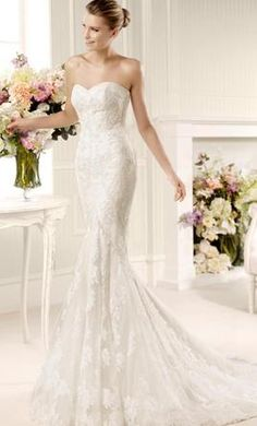 Pronovias Mullet 10: buy this dress for a fraction of the salon price on PreOwnedWeddingDresses.com