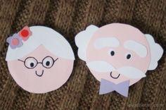 Broszki z okazji Dnia Babci i Dziadka Baza broszki z tacki styropianowej i agrafki