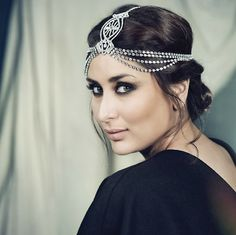 Kareena Kapoor wearing a foaming maang tikka perfect for an Indian bride. Indian wedding jewelry