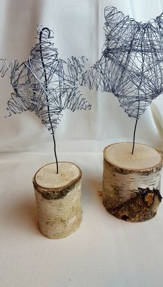 DIY wire stars as table decorations- DIY wire figures (stars) as table decorations – handicraft girls Decor Crafts, Fun Crafts, Diy And Crafts, Winter Crafts For Kids, Crafts For Girls, Winter Diy, Thanks Card, Decoration Table, Wood Decorations