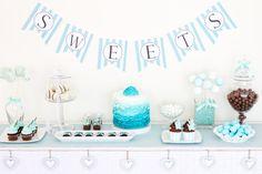 Candy Bar / Sweet Table Türkies & Weiß