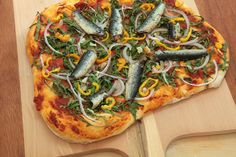 15 Canned Sardine Hacks for a Better Snack - Sardine recipes - Sardline Fish Recipes, Seafood Recipes, New Recipes, Snack Recipes, Healthy Recipes, Healthy Food, Vegetarian Food, Pizza Recipes, Favorite Recipes