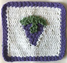 Grapes Dishcloth – Maggie Weldon Maggies Crochet ~ free pattern