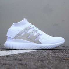 huge selection of 833f8 3c706 Adidas Men Tubular Nova Primeknit white vintage white footwear white