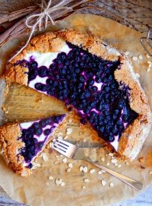 sk Chutne a zdravo ; Vegan Desserts, Delicious Desserts, Cheesesteak, Tart, Sweet Treats, Clean Eating, Food And Drink, Healthy Recipes, Healthy Food