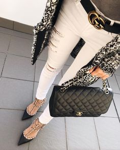 Current Bag Trends · Still chilly in the mornings here in Sydney so I dug  up my oldie but goodie 3aea9f32acbef