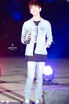 150823 han river busking ★ by xvii:sual