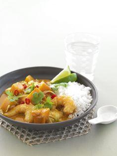Thai Red Curry with Pumpkin, Cabbage & Prawns recipe - Easy Countdown Recipes Thai Prawn Curry, Thai Red Curry, Red Thai, Prawn Recipes, Curry Recipes, Top Recipes, Cooking Recipes, Cabbage Curry, Tasty Dishes
