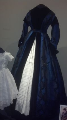 Civil War women's wrapper Susan Green Collection of Historic Clothing  John L Wehle Gallery