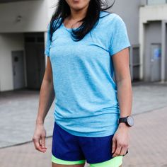 Nike Dri-Fit Knit Short Sleeve Dri-FIT Knit Short-Sleeve offers coverage that keeps you focused on your pace, not your fit.