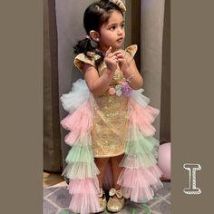 Cute Baby Dresses, Kids Party Wear Dresses, Kids Dress Wear, Baby Girl Party Dresses, Kids Gown, Toddler Girl Dresses, Baby Frocks Party Wear, Baby Girl Frocks, Baby Frock Pattern
