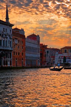 Coucher de soleil  - Le grand canal de Venise