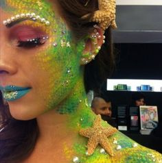 Third inspiration for Caliban. I love the scales look with the bright colors.