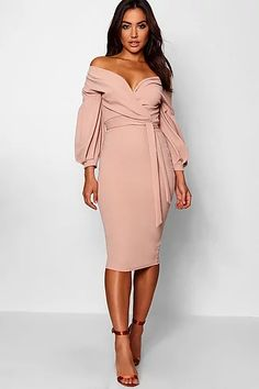 Midi Dress With Sleeves, The Dress, Long Sleeve Midi Dress, Bodycon Fashion, Classy Dress, Latest Dress, Dress Collection, Designer Dresses, Ideias Fashion