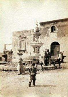 Taormina 1950 - La fontana del Minotauro    #TuscanyAgriturismoGiratola