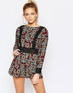 Buy Boohoo Crochet Trim Bohemian Floral Playsuit at ASOS. With free delivery and return options (Ts&Cs apply), online shopping has never been so easy. Get the latest trends with ASOS now. Bohemian Mode, Bohemian Style, Latest Fashion Clothes, Fashion Outfits, Fashion Online, Style Bobo Chic, Boho Chic, Boho Fashion, Womens Fashion