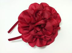 CAMELLIA FLOWER HEADBAND from LascositasdeNita