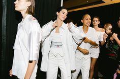 Go Behind the Scenes at Alexander Wang's Spring 2020 Show at Rockefeller Center - Vogue Couture Fashion, Runway Fashion, Fashion Models, High Fashion, Fashion Show, Estilo Madison Beer, Models Backstage, Victoria's Secret, Kendall Jenner Outfits