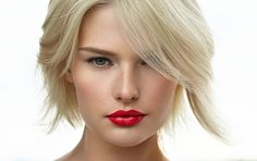The easiest way to update your look is to change your lip make up. Try out a new shade this spring! #lumene
