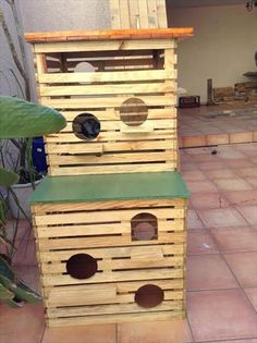 Pallet Pet House / Wooden Bird Cages | 101 Pallet Ideas