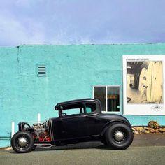 Making Waves #fuel32 @seeholmez See more at Fuel32.com Click link in bio #1932ford #1931ford #1930ford #1929ford #1928ford #32ford #highboy #deuce #coupe #hamb #ford #1932 #vintagecar #hopuplive #streetrod #hotrod #sema #trog #customcar #5window #3window #roadster #modela #gnrs #flathead #goodguys #roddersjournal #livingthehighboylife