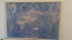 Vintage wereldkaart: oceanen en continenten  - € 10,00
