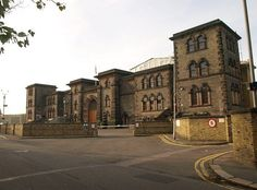 Wandsworth Prison Notable inmates included Oscar Wilde, Ronnie Biggs, Julian Assange, Pete Doherty and Lord Haw Haw (who was executed here) Derek Bentley, Lord Haw Haw, The Great Train Robbery, Prison Officer, Sport Hall, England, Gallows, Car Crash