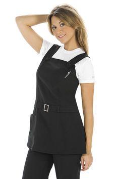 batas de estilista - Buscar con Google Staff Uniforms, Work Uniforms, Salon Uniform, Medical Scrubs, Scrub Tops, Photography Business, Work Wear, Salons, Apron