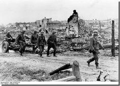 Urban combat, Stalingrad, Oct 1942.