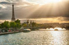 Eiffel Tower viewed from Place de la Concorde