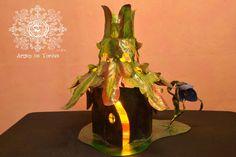 Lampe de chevet de collection de style féérique, exemplaire unique, édition spéciale parfaite pour collectionneur. par Artistelestordus sur Etsy https://www.etsy.com/ca-fr/listing/168608389/lampe-de-chevet-de-collection-de-style