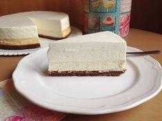Vanilkový cheesecake s pěnou z bílé čokolády Sweet Recipes, Cake Recipes, Czech Recipes, Cheesecake Cupcakes, No Bake Pies, Mini Cheesecakes, Pavlova, Vanilla Cake, Baked Goods