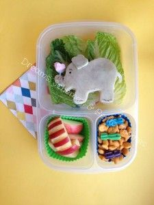 Dr. Seuss school lunch idea | packed in @EasyLunchboxes containers