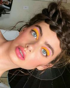 hippie makeup 588142032574257504 - Source by Retro Makeup, Cute Makeup, Glam Makeup, Skin Makeup, Makeup Inspo, Makeup Art, 1980s Makeup, 80s Makeup Looks, Makeup Ideas