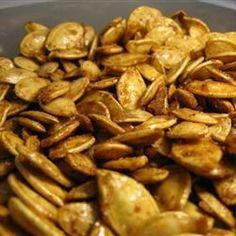 Pépins de citrouille grillés au sucre et aux épices @ http://allrecipes.fr