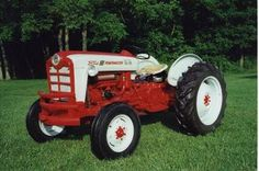 Antique Tractors - 1958 Ford 801 Powermaster