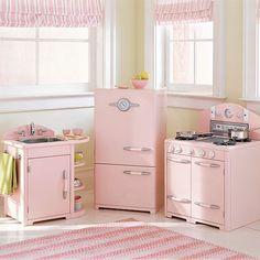 Miniature kitchen appliances - fifties pink!