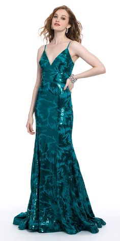 All eyes will be on you as you stroll in wearing this long prom dress! With its sequin mesh fabric, unique floral print design, and trendy v-neckline, this long evening dress is a sure conversation starter. Finish it with metallic heels and a satin clutch. Evening Dresses, Prom Dresses, Formal Dresses, Emerald Dresses, Wedding Guest Style, Floral Print Design, Ladylike Style, Sequin Dress, Sequins