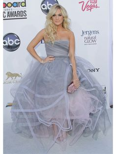 Carrie Underwood....  I LOVE THIS DRESS.... My dream pageant dress