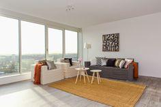 Binnenkijker: Jaloersmakend penthouse in Den Haag met meubels van karton van CUBIQZ  Styling en fotografie: casa&co.