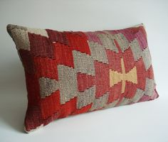 Sukan Pillow
