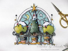 Mini Christmas Window 2  Designer / Michael Powell  Stitch Count / 69W * 69H  Fabric / 28ct Lugana Zweigart - Antique White  Thread / Kit (Anchor)