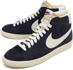 Nike Blazer (Black).  http://bigideamastermind.com/newmarketingidea?id=moemoney24