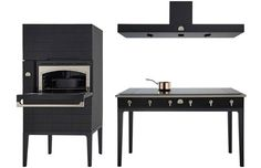 Black Appliances Stainless-steel appliances have incessantly infiltrated kitchens for the past several years. As a result, black appliances resembling sleek furniture feel deliciously fresh.